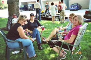 Cindy, Cindy, Carol, and Annette